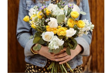 Tricks To Keep Flowers Fresh And Long Lasting